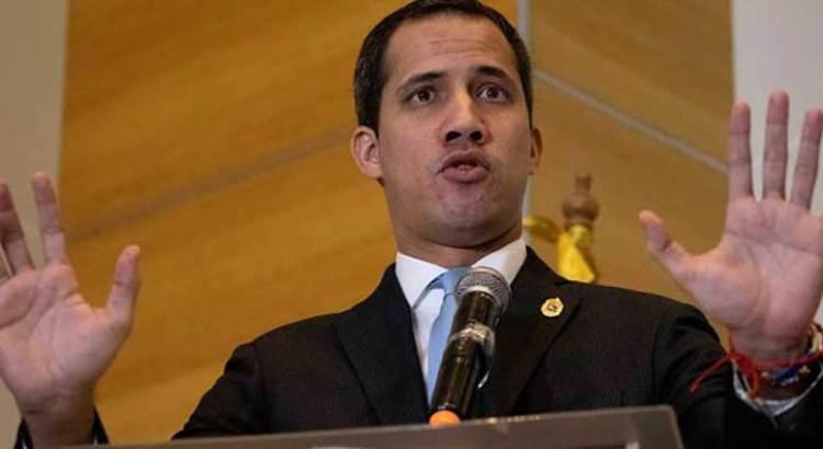 Nuevo llamado de Guaidó a militares