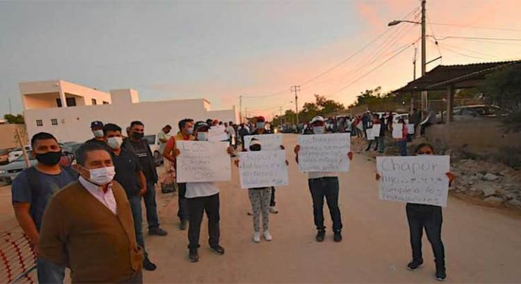 Se manifestaron trabajadores del hotel Hard Rock Los Cabos