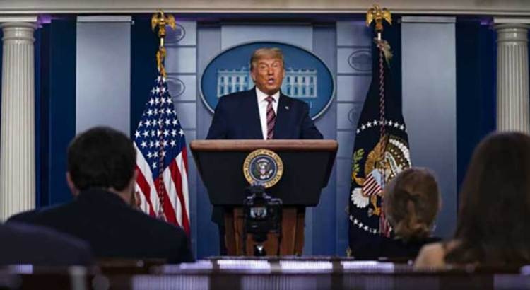 "Pronostica Trump ""muchos litigios"""