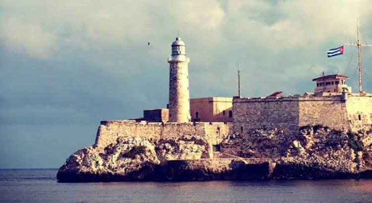 Revisará gobierno de Biden la política de Trump sobre Cuba