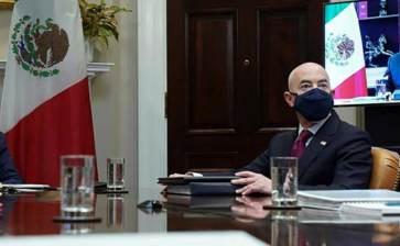 Se comprometen México y EU a trabajar juntos contra covid-19