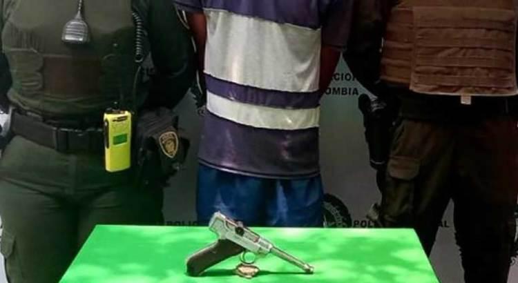 Asaltaba con una pistola valuada en medio millón de pesos