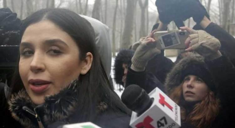 Piden mejores condiciones de confinamiento para esposa de El Chapo
