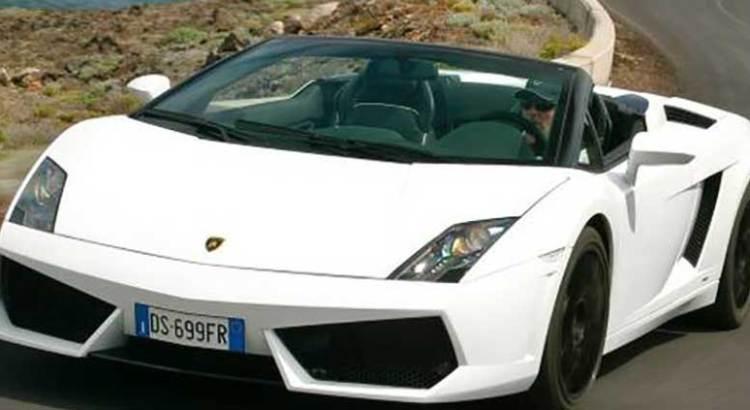 Religioso ayunó y oró durante un mes pidiendo un Lamborghini
