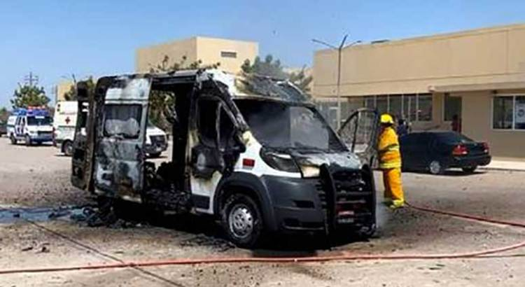 Se incendió ambulancia cuando trasladaba a un paciente