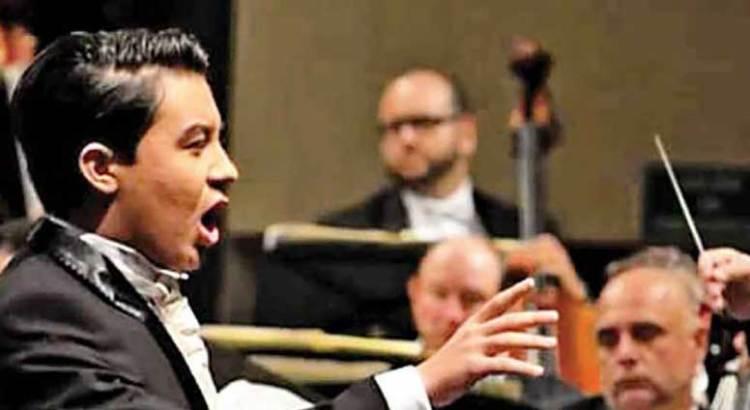Triunfa cabeño en la ópera internacional