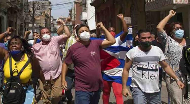 Al menos 59 cubanos serán enjuiciados tras protestas contra el régimen