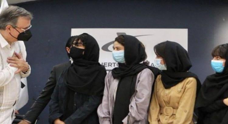 Recibe México a primeras refugiadas procedentes de Afganistán