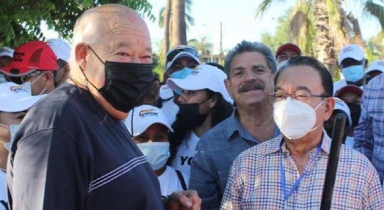 Le entra Isaías González Cuevas a la limpieza