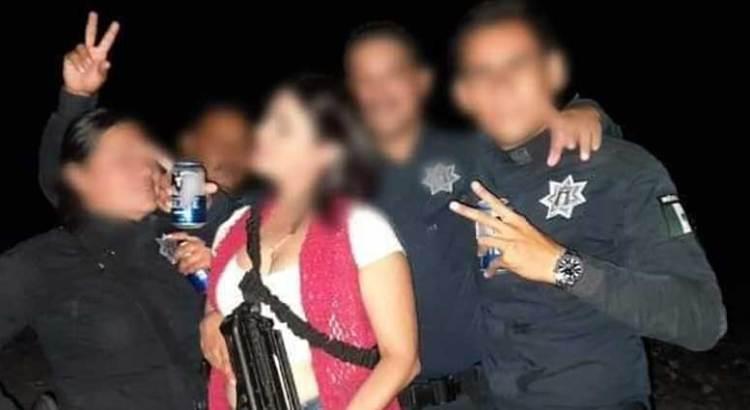 Suspenden a policías loretanos exhibidos bebiendo cerveza