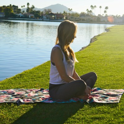 3 Steps to Quiet Your Mind During Yoga