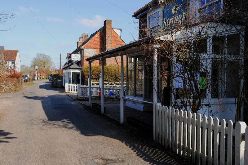 strings-cottage-bookshop