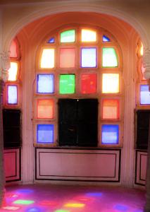 Hawa Mahal jharokhas in Jaipur during day
