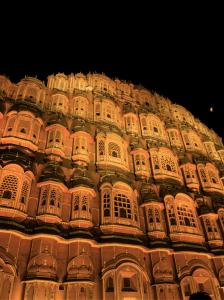 Hawa Mahal during night