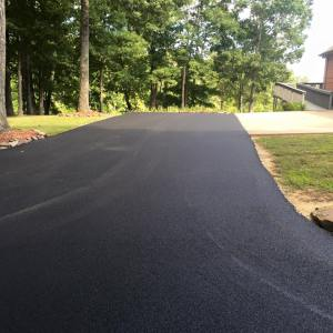 Asphalt driveway in southern Illinois | Penninger Asphalt Paving, Inc