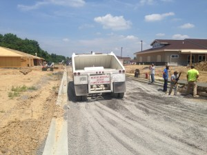 Drive paving for apartment complex in southern Illinois | Penninger Residential & Commercial Asphalt Paving