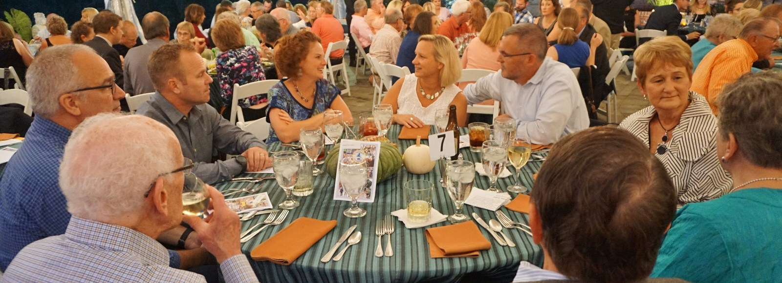 Annual dinner at Drumore Estate attracts 200 guests