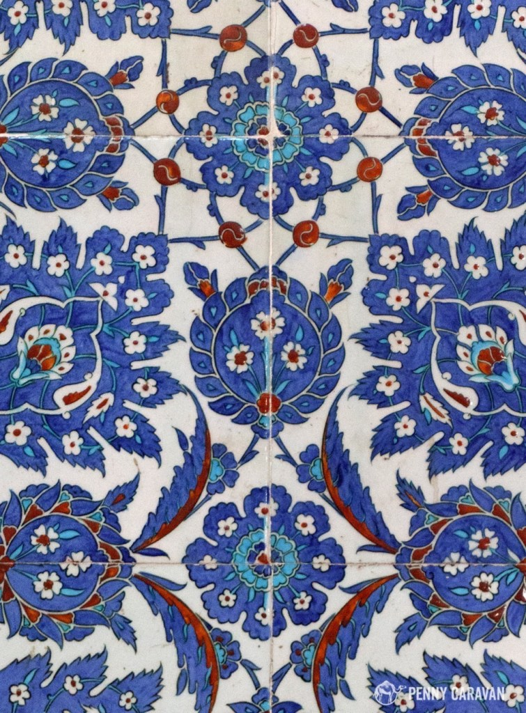 Rustem Pasha uses 80 different patterns of Blue Iznik ceramic tiles.