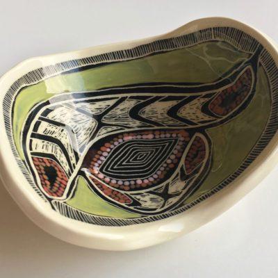 1008-boomerang-dish
