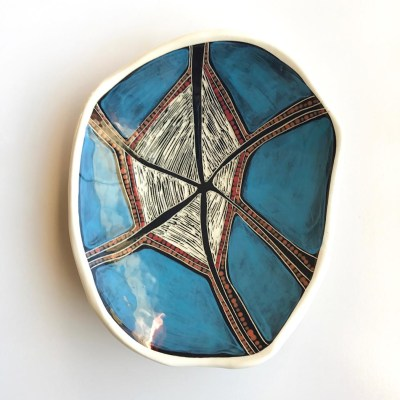 1251 Blue Sky Spirit Dreaming Dish