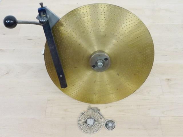 Wheel and pinion cutting attachment by Colin Walton 001