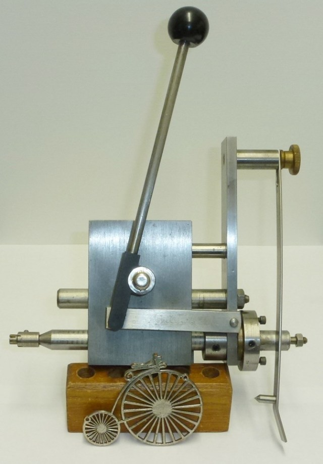 COLIN WALTON WHEEL & PINION CUTTING ATTACHMENT