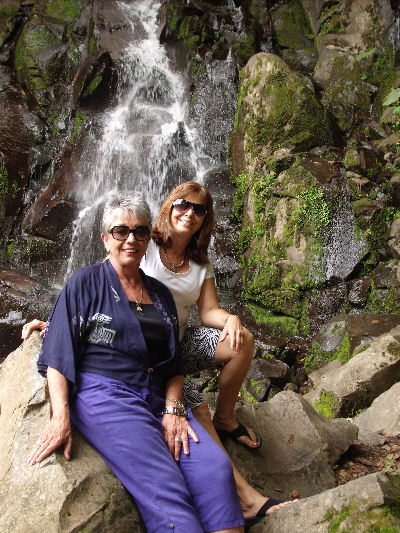 Friend Wanda Stoll visited me in Boquete...AND applied for her permanent residency
