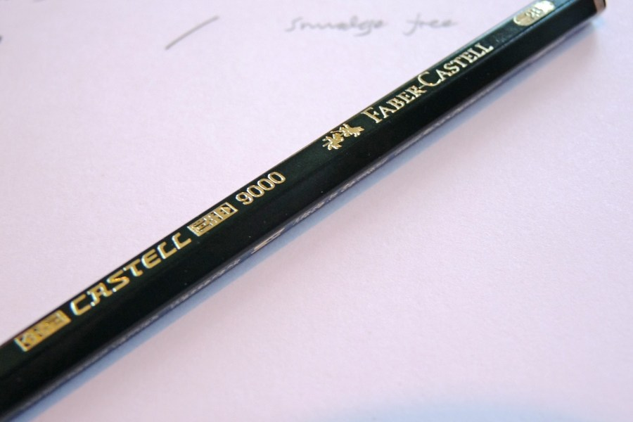 Faber-Castell 9000 pencil logo