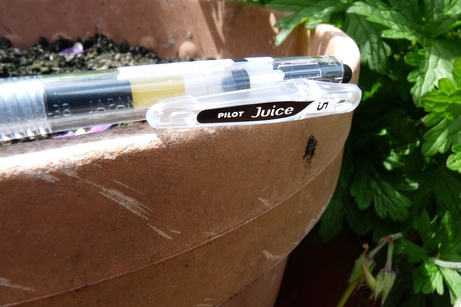 Pilot Juice gel ink pen clip