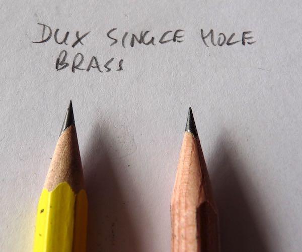 DUX Single hole brass points