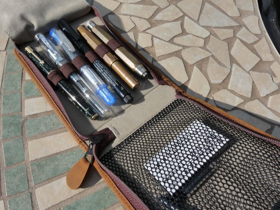 Kaweco Traveler Case open and full