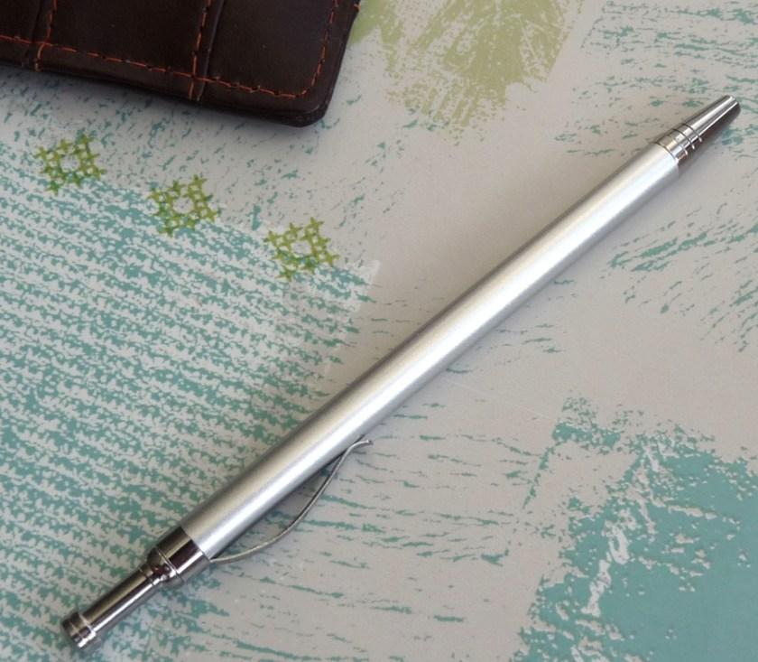 NoteShel Index Card Holder pen