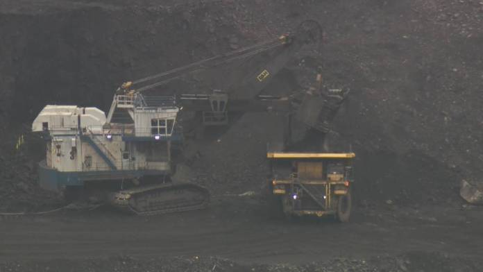 Click to play video: 'Saskatchewan environmental groups welcome reinstatement of Alberta coal policy'