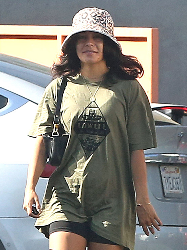 Best Bucket Hats To Shop Inspired By Vanessa Hudgens & Kendall Jenner – Hollywood Life