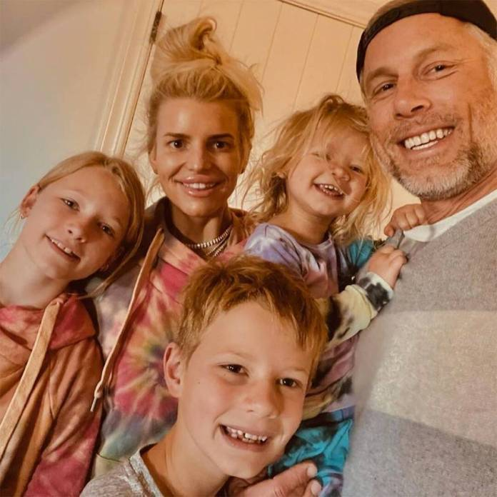 Jessica Simpson, David Beckham and More Share Sweet Easter Family Pics