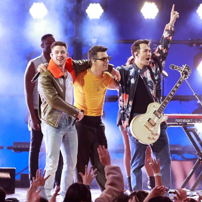 Jonas Brothers Just Sold Us on Their Tour Thanks to BBMAs Performance