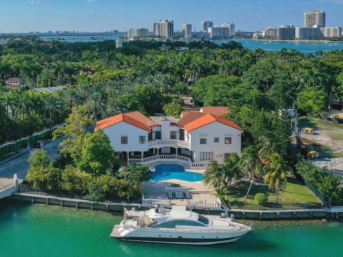 'Real Housewives of Miami' Alum Lea Black Selling Star Island Pad for $34M
