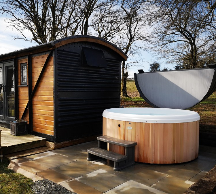 Luxury Hot Tub Glamping
