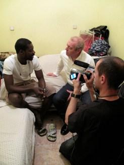 entrevista a Bamba , en piso patera de lavapies