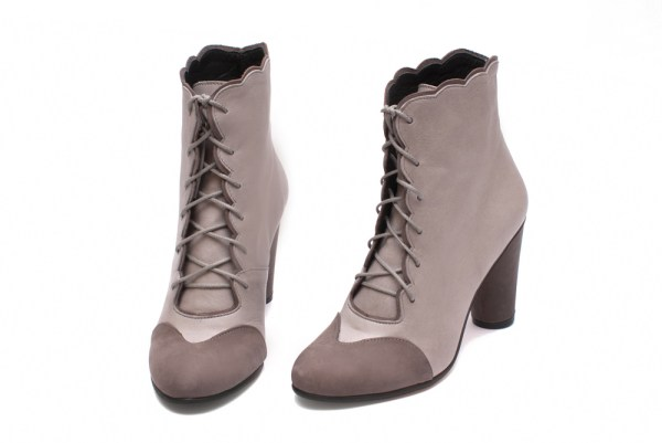 Bottines Insatiable Grey Mat, par Abigail