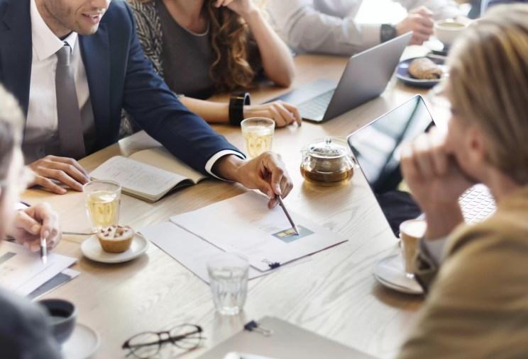 Delegar tarefas: como fazer isso de forma eficiente [8 dicas]