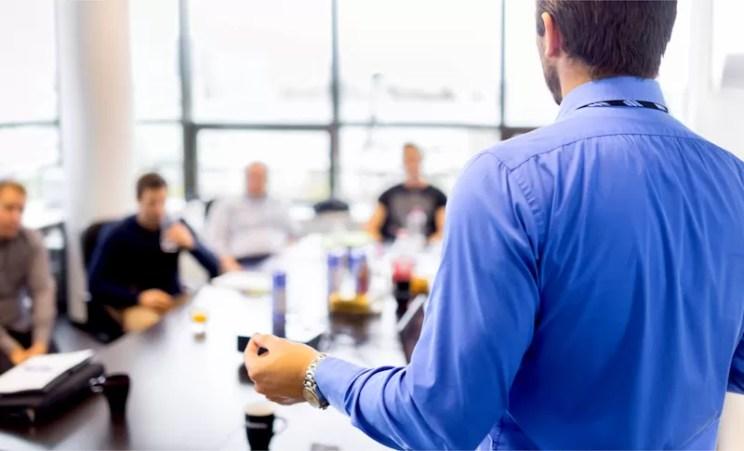 Liderança ruim: como identifica-lá e evitar seus prejuízos