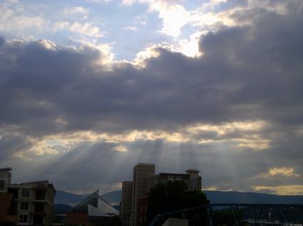 Sun_behind_clouds