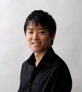 カレンズにもお泊まり頂いたピアニスト高橋望さんがトッパンホールで、四月にコンサートを開催。