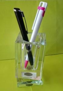 crystal-pen-holder