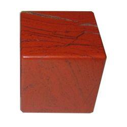 Куб из красной яшмы