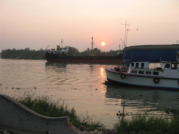 coucher de soleil sur le Pathein