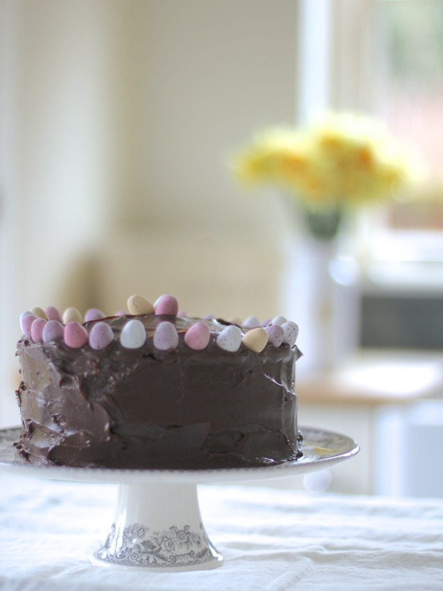 Best-Ever-Chocolate-Easter-Cake