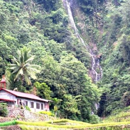 Elloy Waterfall in Ducligan, Banaue