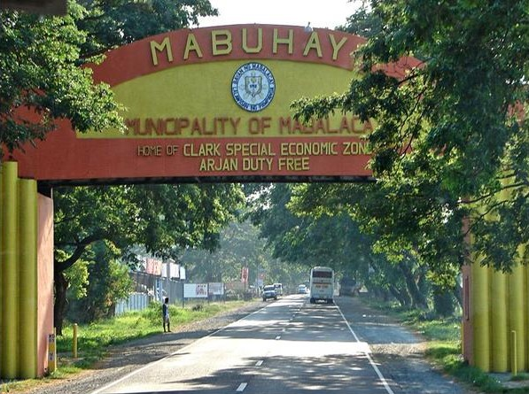 Mabalacat City Welcome Arch